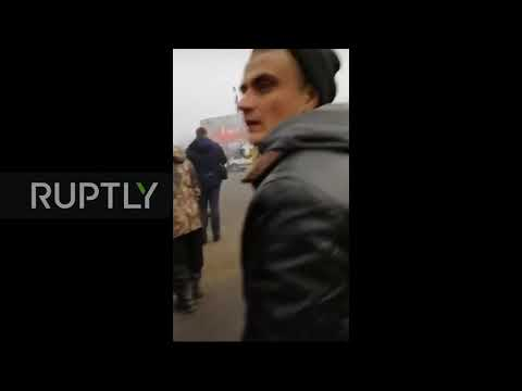 Video - Ουκρανία: Πέταξαν πέτρες σε λεωφορεία με 72 άτομα που επέστρεψαν από την Κίνα - ΒΙΝΤΕΟ