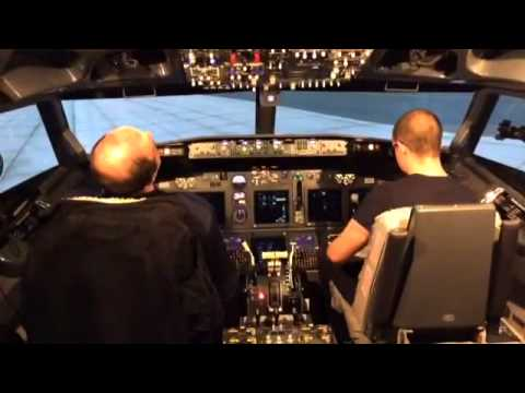 Abilitazione sul simulatore 737 800  di Dasty Fly Sim. http://www.dastyflysim.com/it/index.asp