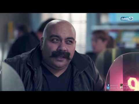 أحمد أمين موظف يحلم به أي بنك