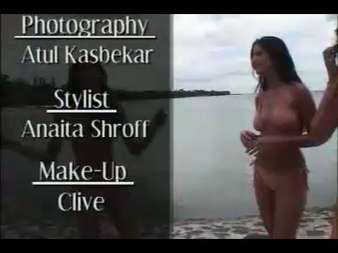 Video Katrina Kaif Sexy Bikini download in MP3, 3GP, MP4, WEBM, AVI, FLV January 2017