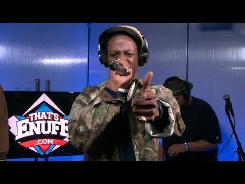 the pro - Check out Pro Era getting up with DJ Enuff for a group freestyle on
