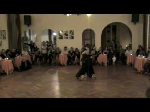 Милонга в исполнении Клаудио Форте и Барбары Карпино