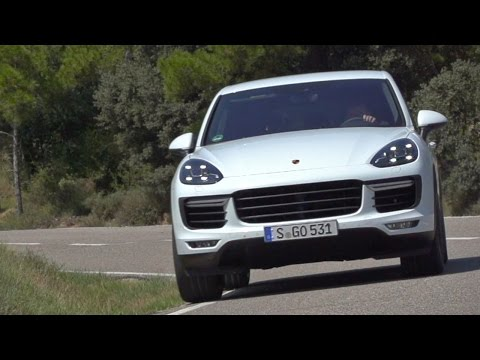 Community Magazine – Porsche Cayenne Turbo review: a sports car trapped in an SUV body?