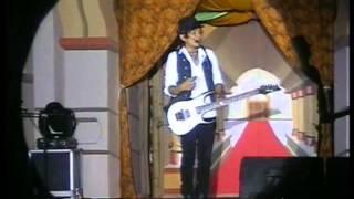 "Video Zivilia ""Layla Majnun"" Live at PG 622 Darul Amanah MP3, 3GP, MP4, WEBM, AVI, FLV Mei 2019"