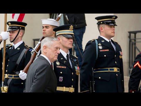 US-Verteidigungsminister Jim Mattis schließt Militära ...