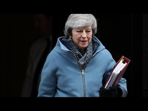 Großbritannien: Mays Spiel auf Zeit - Brexit-Chefunte ...