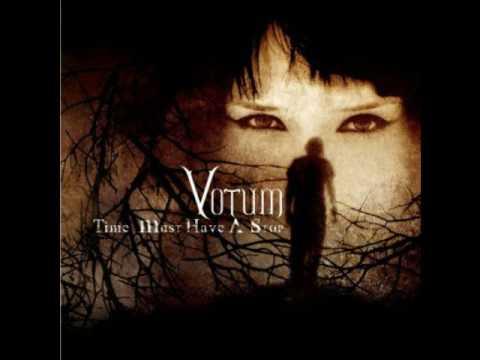 Votum - Me In The Dark online metal music video by VOTUM