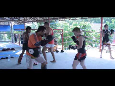 Training @ Dragon Muay Thai Gym – Phuket – Thailand '13