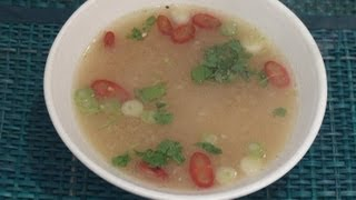 Thai Hot And Sour Soup Recipe (Tom Yum Goong)