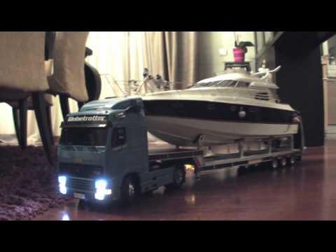 Tamiya VOLVO FH12  420  Boat Loader