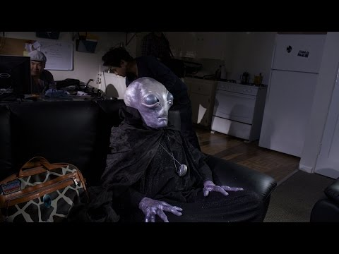 Hollywood Aliens : Pilot Episode