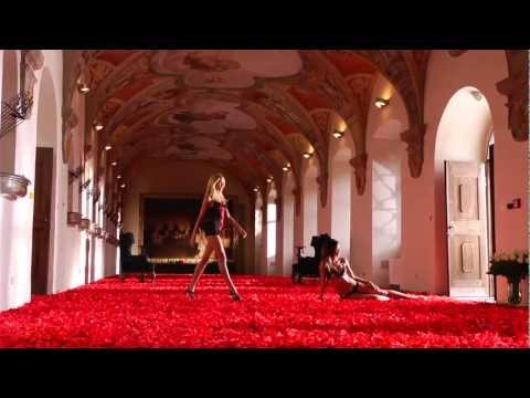 Making the Victoria's Secret 2011 HD  Holiday TV Commercial