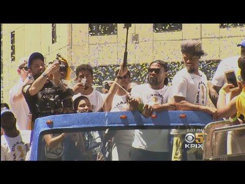 Hundreds of Thousands Celebrate NBA Champion Warriors at Oakland Parade