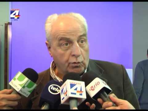 Ministro Víctor Rossi participó en reunión de vecinos donde reclamaron por el mal estado de Ruta 26