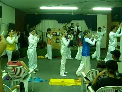 Louvorzão na Igreja do Evangelho quadrangular de Guaraci. Grupo de Coreografia de Olímpia 2
