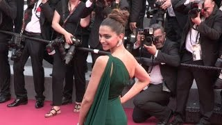 Video Deepika Padukone and more on the red carpet for the Premiere of Nelyubov in Cannes MP3, 3GP, MP4, WEBM, AVI, FLV September 2017