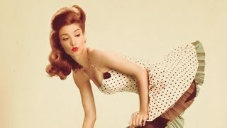 Behind The Scene: Newfangled Pinup Girl PRO Tutorial