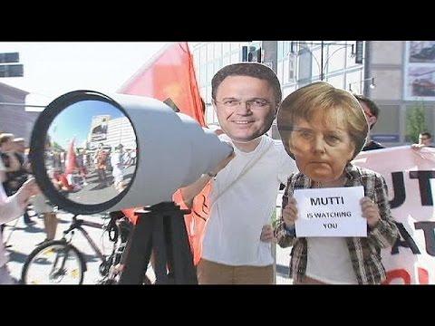 Γερμανία: Έκλεισε έρευνα εναντίον δημοσιογράφων για εσχάτη προδοσία