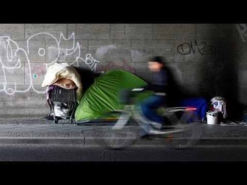 Notunterkünfte überlastet: Kälte wird zur Bedrohung