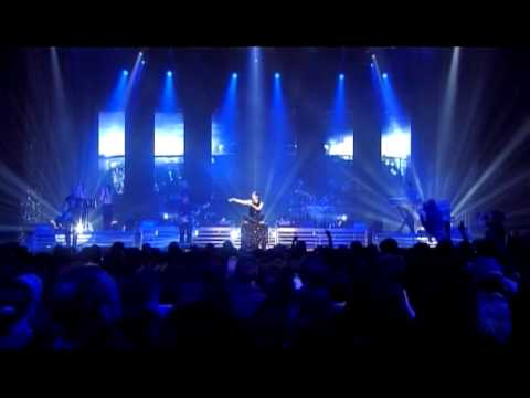 , title : 'Laura Pausini - Mi Abbandono a Te (Live in Paris 05)'