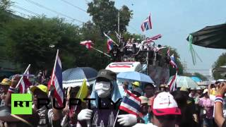 Thailand Protesters Maintain Pressure As Shinawatra Buckles