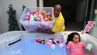 TIANA'S SQUISHY TOYS IN HOT TUB PRANK!!