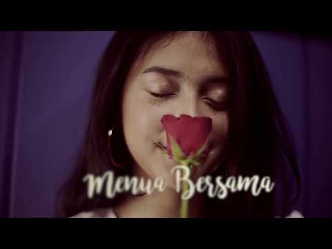 Download Lagu RAHMANIA ASTRINI - Menua Bersama (Official Lyrics Video) Music Video