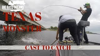 Video 19lber Eats Swimbait at Lake Fork, Texas MP3, 3GP, MP4, WEBM, AVI, FLV Agustus 2018