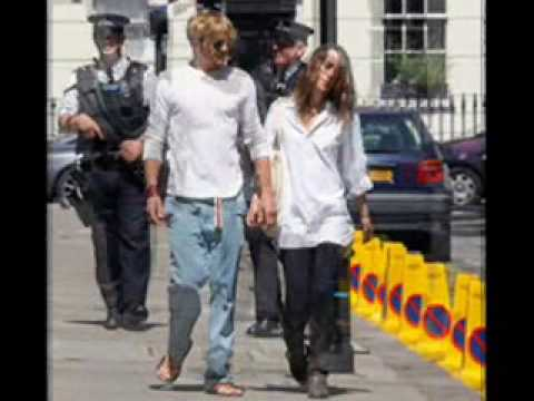 Keira Knightley and the styling-police?