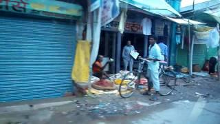 Jabalpur India  city pictures gallery : A shopping street in Jabalpur, Madhya Pradesh, India