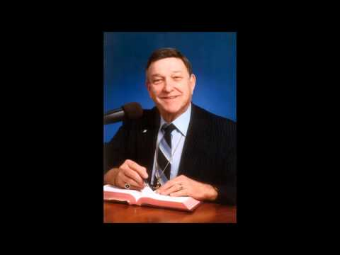 Dr. Walter Martin – Spirit of the Age – 2 Timothy 3:1-5 & 4:1-8