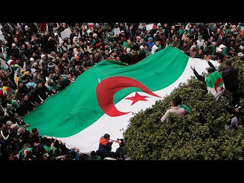 Μαζικές διαδηλώσεις στην Αλγερία
