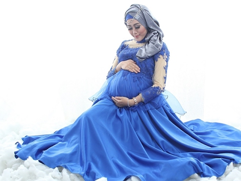 gratis download video - Trend-Busana-Hijab-Ibu-Hamil-Muda-Modis-2018