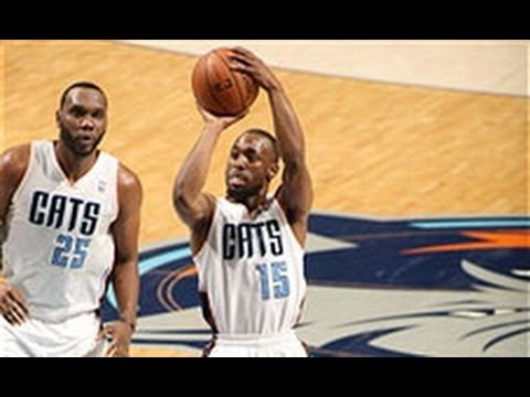 Step - Subscribe on YouTube: http://www.youtube.com/nba Kemba Walker shows off his quick handles and release, knocking down the jumper. Visit nba.com/video for more...