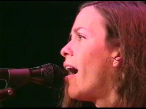 Alanis Morissette - Full Concert - 10/19/97 - Shoreline Amphitheatre (OFFICIAL)