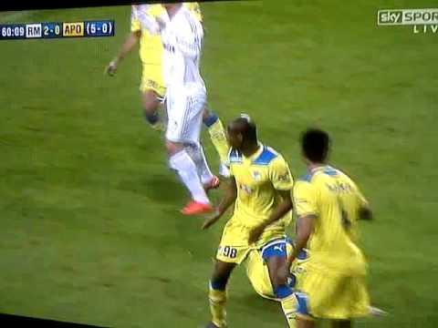 Paulo Jorge perde dentes durante numa jogada contra o Real Madrid