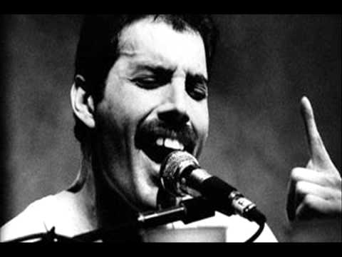 "wonderful ""unplugged"" version: freddie mercury sing and play piano"