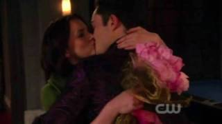 Video Gossip Girl Season Finale 3x22: Chuck & Blair Scenes MP3, 3GP, MP4, WEBM, AVI, FLV Juni 2019