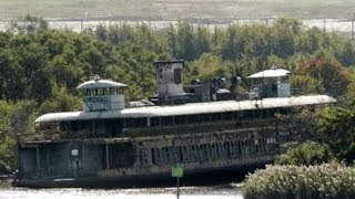 Video Abandoned Ships, Ferries and Liners MP3, 3GP, MP4, WEBM, AVI, FLV Oktober 2018
