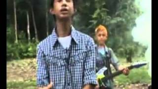 Download lagu Astor Kid S Band Rindu Yang Terpendam Mp3