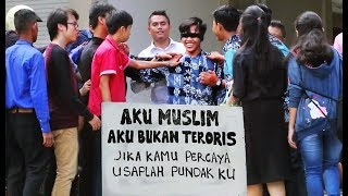 Aku Muslim Aku Bukan Teroris - Social Experiment , Reaksi Non Muslim Terhadap Seorang Muslim