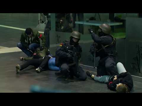 Bayerischer Landtag: In Bayern gilt das neue Polizeiauf ...