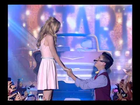 אליאנה תדהר ותובל שפיר. - בואו לראות את אלינה תדהר ותובל שפיר רוקדים ושרים את השיר של הביטלס: I wont to hold your hand.