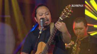 Video Payung Teduh - Menuju Senja MP3, 3GP, MP4, WEBM, AVI, FLV Januari 2018