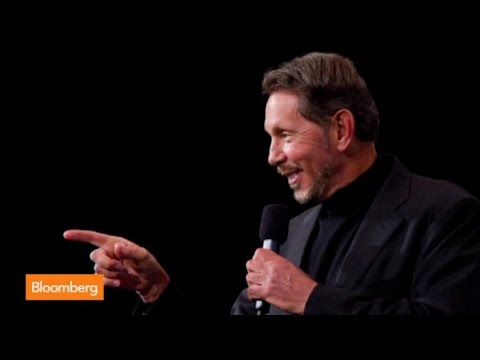 steps - Sept. 18 (Bloomberg) -- Oracle's Larry Ellison stepped down as chief executive officer of the software maker he founded, making way for a new generation of e...