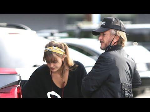 Sean Penn And Wife Leila George Scarf Lunch In The Bed Of His Truck