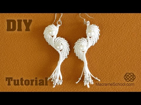 orecchini con ali al macramè