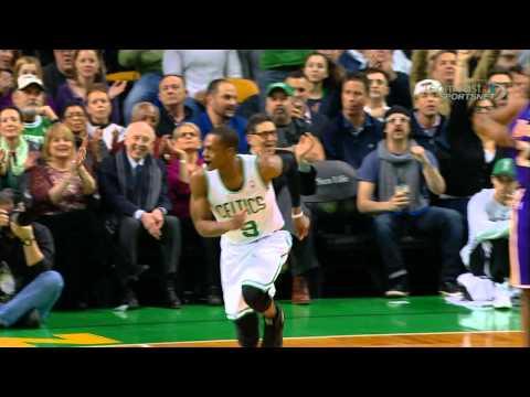 Rajon Rondo's First Bucket in his Return (видео)