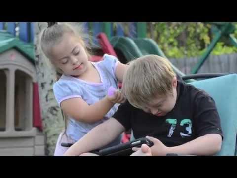 Ver vídeoSíndrome de Down: 6 lecciones de amor que nos enseñan los hijos
