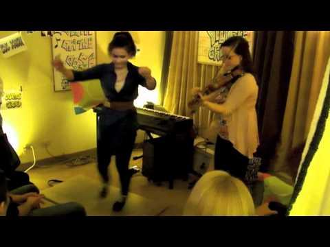 Adrianna Ciccone & Ariel Hyatt – Whiskey Before Breakfast (Ottawa Valley Step Dance)